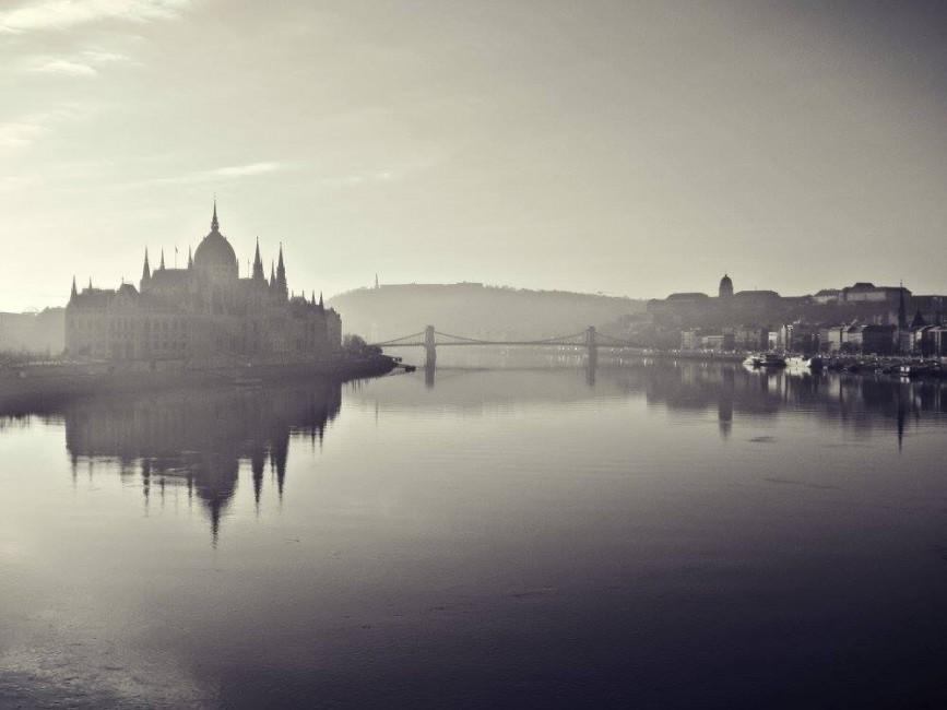 Szivolt András: Csendes Duna