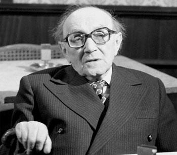 1900. december 27-én született KIRÁLYHEGYI PÁL író, újságíró, humorista, forgatókönyvíró