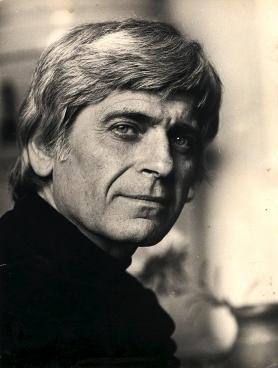 1921. január 19-én született MÉSZÖLY MIKLÓS író