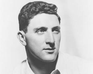 Irwin Shaw (New York, 1913. február 27. – Davos, Svájc, 1984. május 16.) amerikai regény-, dráma- és novellaíró.