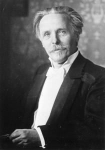 Karl Friedrich May (magyarul sokszor May Károly, Ernstthal, 1842. február 25. – Radebeul, 1912. március 30.) 1905-ben