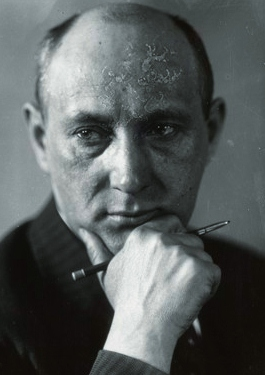 1883. február 5-én született NAGY LAJOS író, publicista