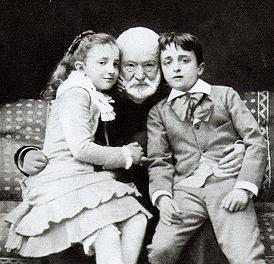 Victor Hugo unokáival