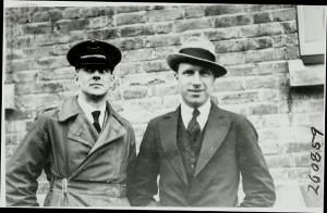 Arthur Whitten Brown (balra) és John Alcock (jobbra) (1919)