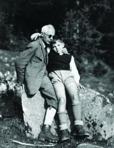 Bartók Béla fiával, Péterrel Svájcban (1930-as évek eleje)