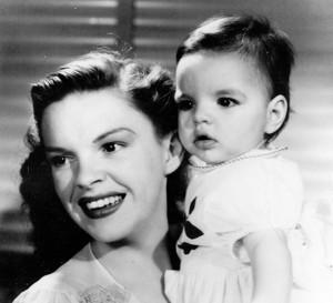 udy Garland és Liza Minnelli (1947)