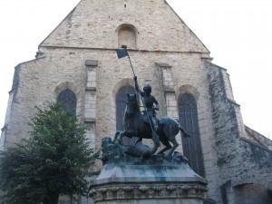 Sárkányölő Szent György szobra Kolozsvárott