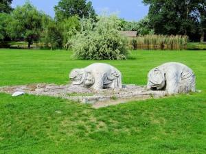 A Földműves című szobor Ópusztaszeren