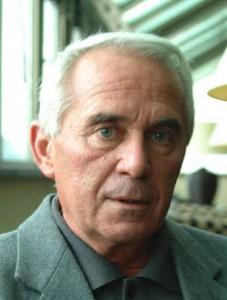 Tar Sándor (Hajdúsámson, 1941. április 5. – Debrecen, 2005. január 30.)