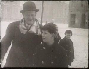 Karinthy Frigyes és Ferenc a Verpeléti (ma Karinthy Frigyes) úton 1930 körül
