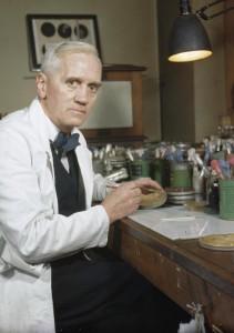 Sir Alexander Fleming (Lochfield, Skócia, 1881. augusztus 6. – London, 1955. március 11.)