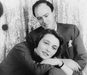 Roald Dahl és felesége, Patricia Neal (1954)