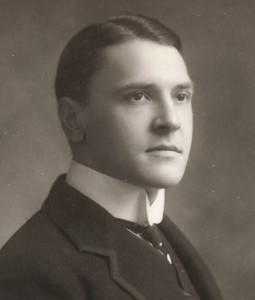 William Somerset Maugham (Párizs, 1874. január 25. – Nizza, 1965. december 16.)