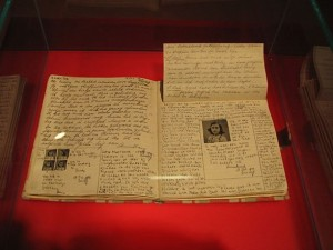 Anna Frank naplója. http://www.annefrank.org