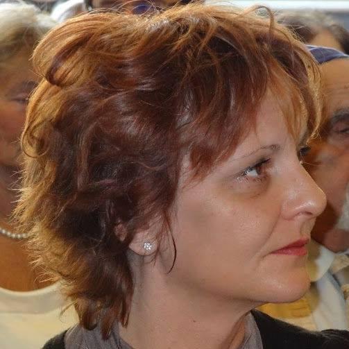 1969. szeptember 26-án született Hornyik Anna író, költő, alkotóművész, a Lenolaj.hu állandó szerzője