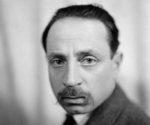 Rainer Maria Rilke Prága, 1875. december 4. – Montreux, Valmont 1926. december 29.) osztrák impresszionista költő, a 20. század legnevesebb, német nyelven író költői közé tartozik.