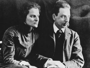 Rainer Maria Rilke és felesége, Clara (1910.)