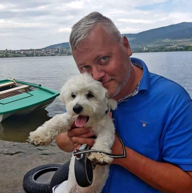 Ma ünnepli születésnapját Istenes Tibor Art'húr-díjas költő, író, esztéta, az Art'húr Irodalmi Kávéház szerkesztője