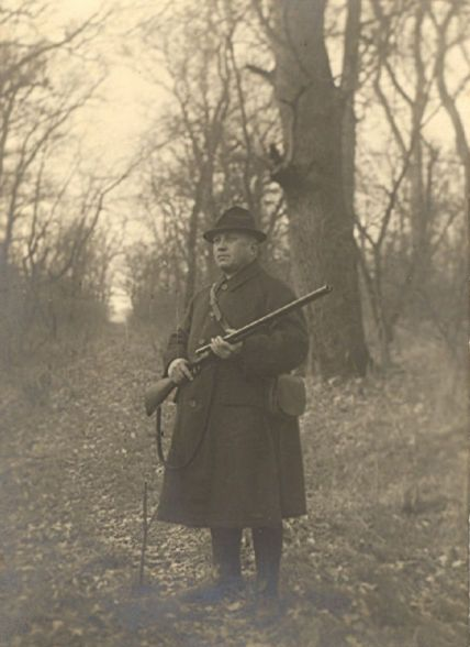 137 éve született Kittenberger Kálmán író, Afrika-kutató, zoológus, tanár, vadász