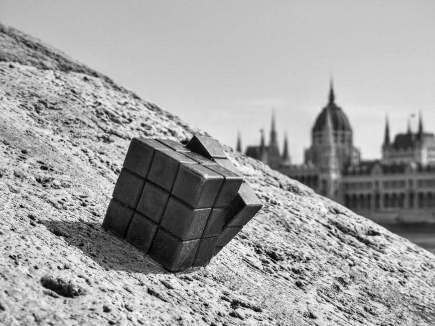 Szivolt András: Kiszabadulva a gömbből