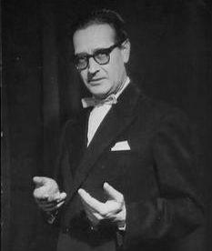 1909. november 30-án született DARVAS SZILÁRD