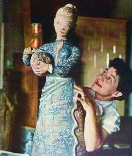1902. november 30-án született KOVÁCS MARGIT keramikus művész