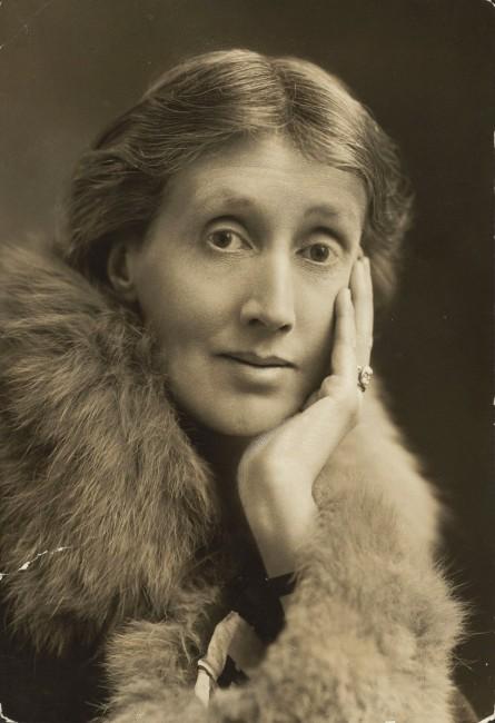 1882. január 25-én VIRGINIA WOOLF angol regényíró, esszéista, novellista, kritikus, könyvkiadó, feminista
