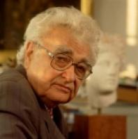 1926. január 7-án született SZÁSZ ENDRE festő, grafikus, látványtervező grafikus, porcelánfestő