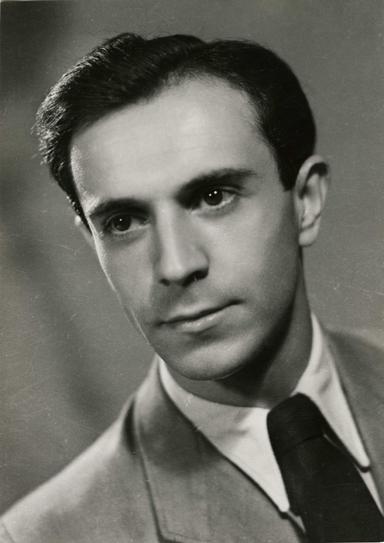 1917. február 27-én született DEVECSERI GÁBOR költő, író, műfordító, klasszika-filológus