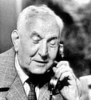 1892. február 1-jén született NÓTI KÁROLY író, újságíró, forgatókönyvíró, kabarészerző