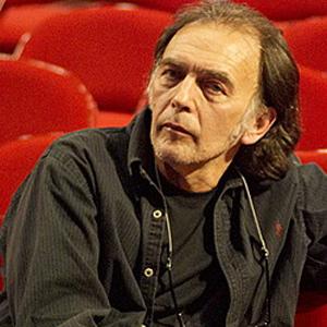 1945. április 27-én született SZTEVANOVITY DUSÁN dalszövegíró, dramaturg, zenész