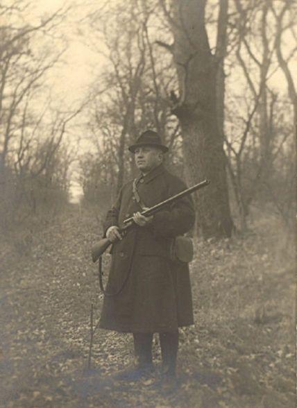 139 éve született Kittenberger Kálmán író, Afrika-kutató, zoológus, tanár, vadász
