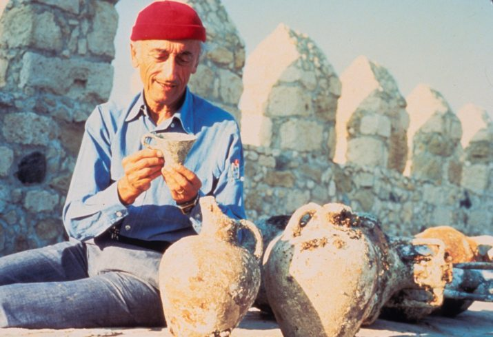 110 éve született Cousteau kapitány francia tengerkutató, felfedező, természettudós és filmkészítő, a Francia Akadémia tagja