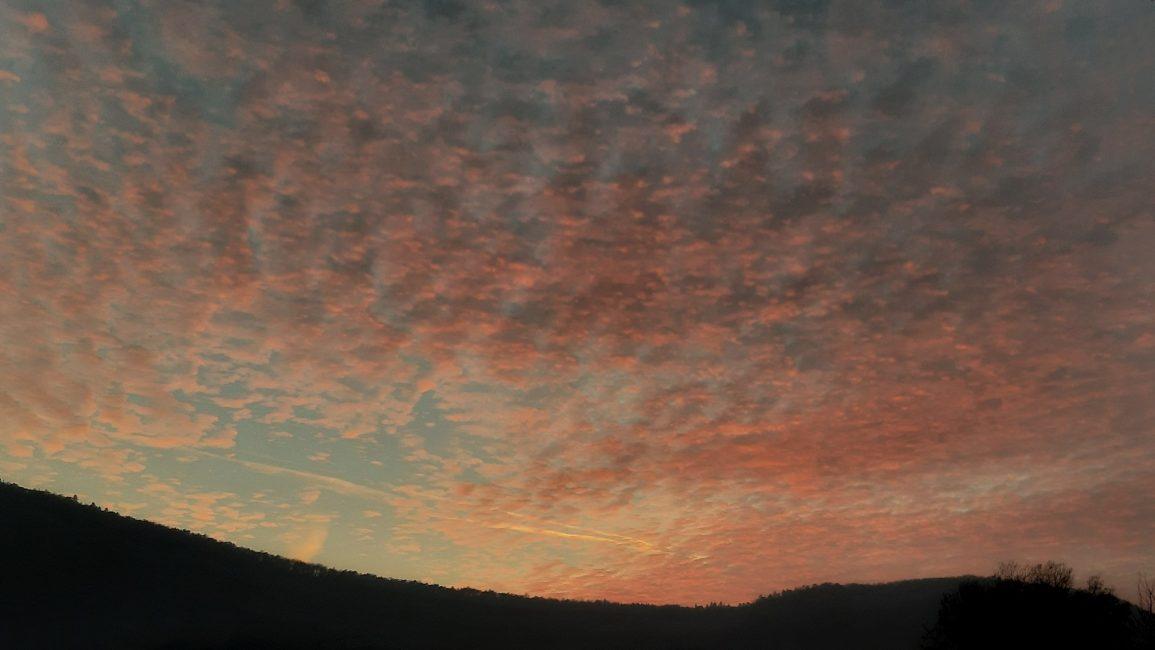 """Fekete István: """"Egy új bolygó, rózsaszín felhőkkel"""""""